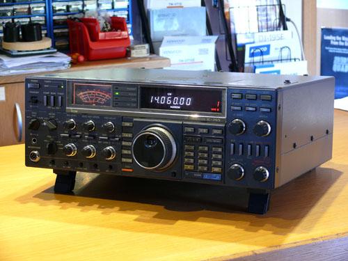 ICOM IC-765