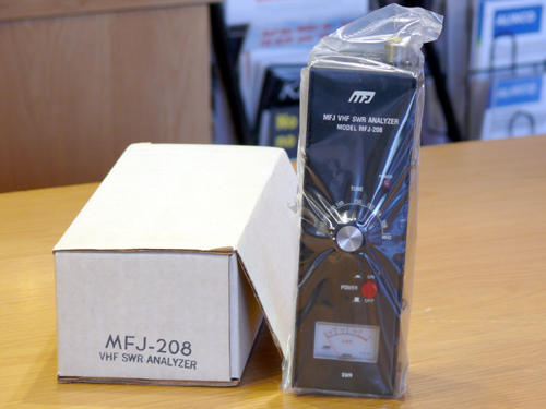 MFJ-208